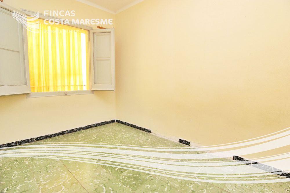 piso ideal inversores para reformar en premia de mar comprar piso premia de mar comprar piso. Black Bedroom Furniture Sets. Home Design Ideas