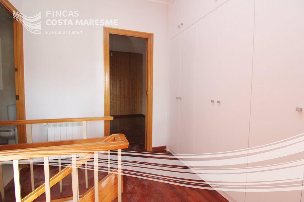 comprar piso cornella piso en venta cornella duplex en venta cornella comprar duplex cornella. Black Bedroom Furniture Sets. Home Design Ideas