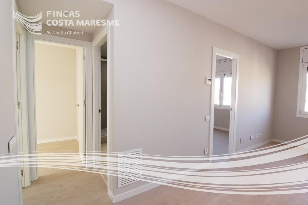 comprar piso a estrenar cornella de llobregat comprar piso nuevo en cornella piso obra nueva. Black Bedroom Furniture Sets. Home Design Ideas