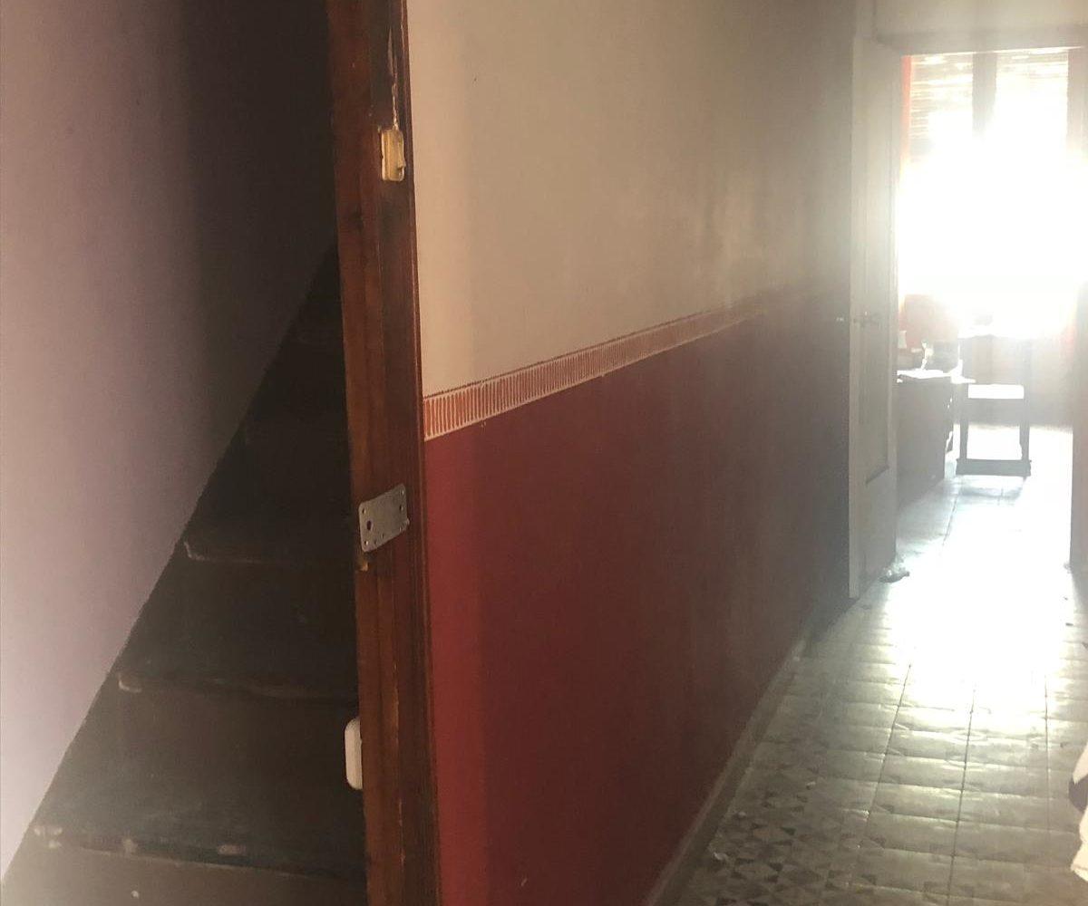 Casa para reformar en el centro de Mataró, casa con terraza mataro centro, comprar casa mataro, fincas costa maresme, fincas mataro, inmobiliaria mataro